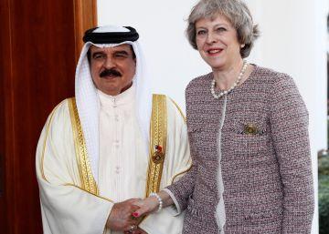"""Reino Unido apoya a las monarquías del Golfo frente a """"la agresividad"""" de Irán"""