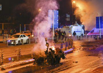 Un doble atentado deja al menos 38 muertos en Estambul