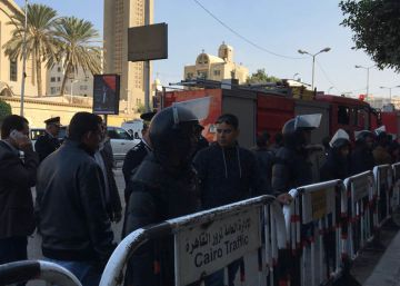 Al menos 23 muertos en un atentado junto a la catedral cristiana copta de El Cairo