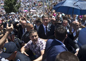 Serbia juzga por primera vez la masacre de Srebrenica