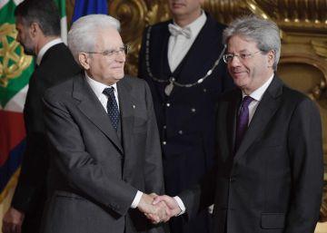 Gentiloni presenta un Gobierno casi idéntico al de Matteo Renzi