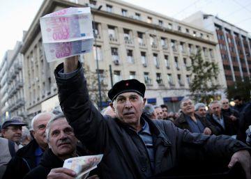 Tsipras mantiene su 'desafío' con un gran respaldo político