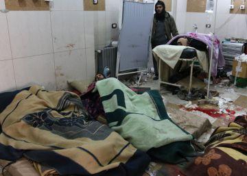 El cese de la evacuación deja atrapados a 40.000 civiles bajo el frío en Alepo