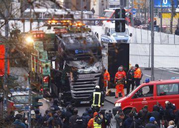 La policía pide a los Ayuntamientos el bloqueo de accesos con bolardos tras el atentado en Berlín