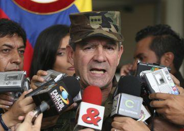Nuevas pruebas de una ONG implican al exjefe del Ejército colombiano por los 'falsos positivos'