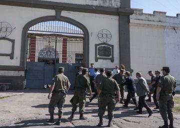Un hombre preso por feminicidio mata a su pareja en una cárcel argentina