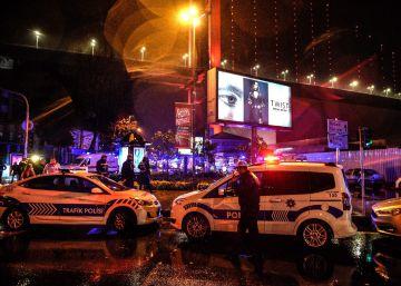 Atentado em uma boate de Istambul deixa ao menos 39 mortos e dezenas de feridos