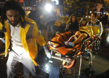 Detingudes vuit persones a Turquia per possibles vincles amb l'atemptat a Istanbul
