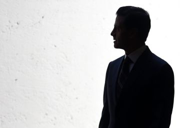 Peña Nieto promete reducir 10% los sueldos de los altos funcionarios
