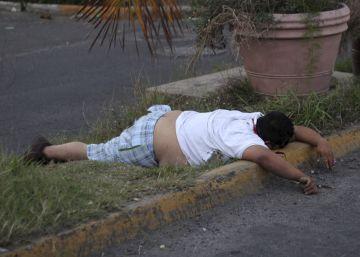 Cinco muertos en los disturbios por el alza del precio de la gasolina en México