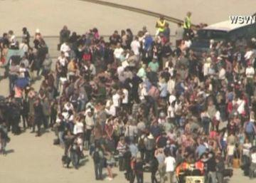 Almenys 5 morts i 8 ferits després d'un tiroteig en un aeroport de Florida
