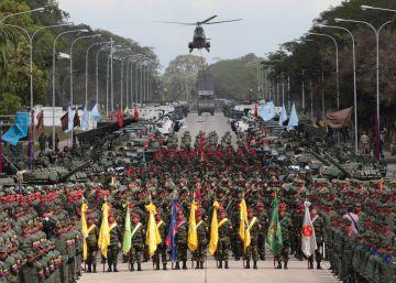 Maduro refuerza el arsenal militar a pesar de la crisis