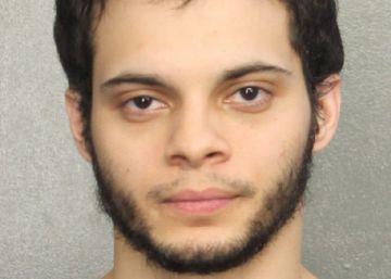 Problemas mentales y armas: el cóctel mortal de Esteban Santiago en Florida