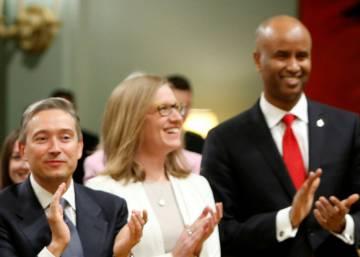 Justin Trudeau llora de la emoción tras reencontrarse con un refugiado