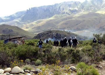 La histórica disputa de Benetton y los mapuches en Patagonia se agrava con 14 heridos