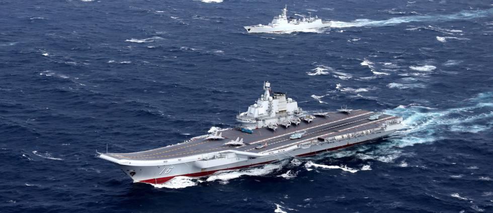 El portaaviones chino 'Liaoning' en el mar del sur de China, a finales de diciembre.