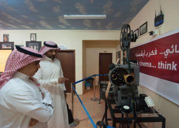 """El gran muftí de Arabia Saudí tacha de """"depravación"""" el cine y los conciertos"""