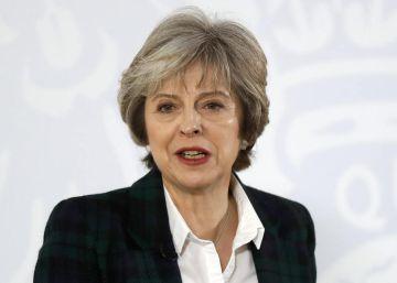 May confirma que el 'Brexit' dejará a Reino Unido fuera del mercado único