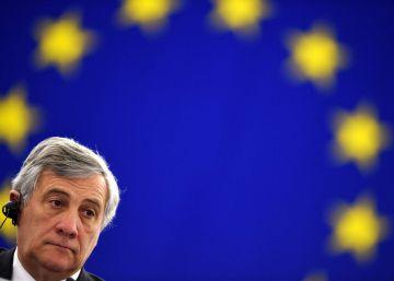 Tajani, el periodista que cayó en brazos de Berlusconi
