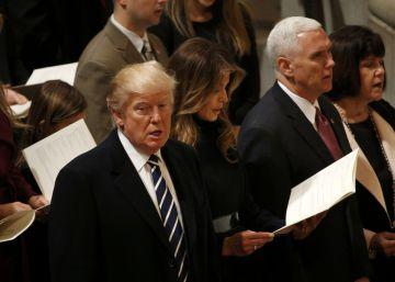 Trump llama deshonestos a los periodistas en su primera visita a la CIA