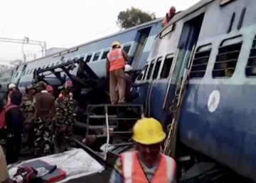 Al menos 36 muertos tras el descarrilamiento de un tren en India