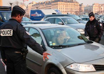 París corta el paso a los vehículos más contaminantes en un ensayo pionero