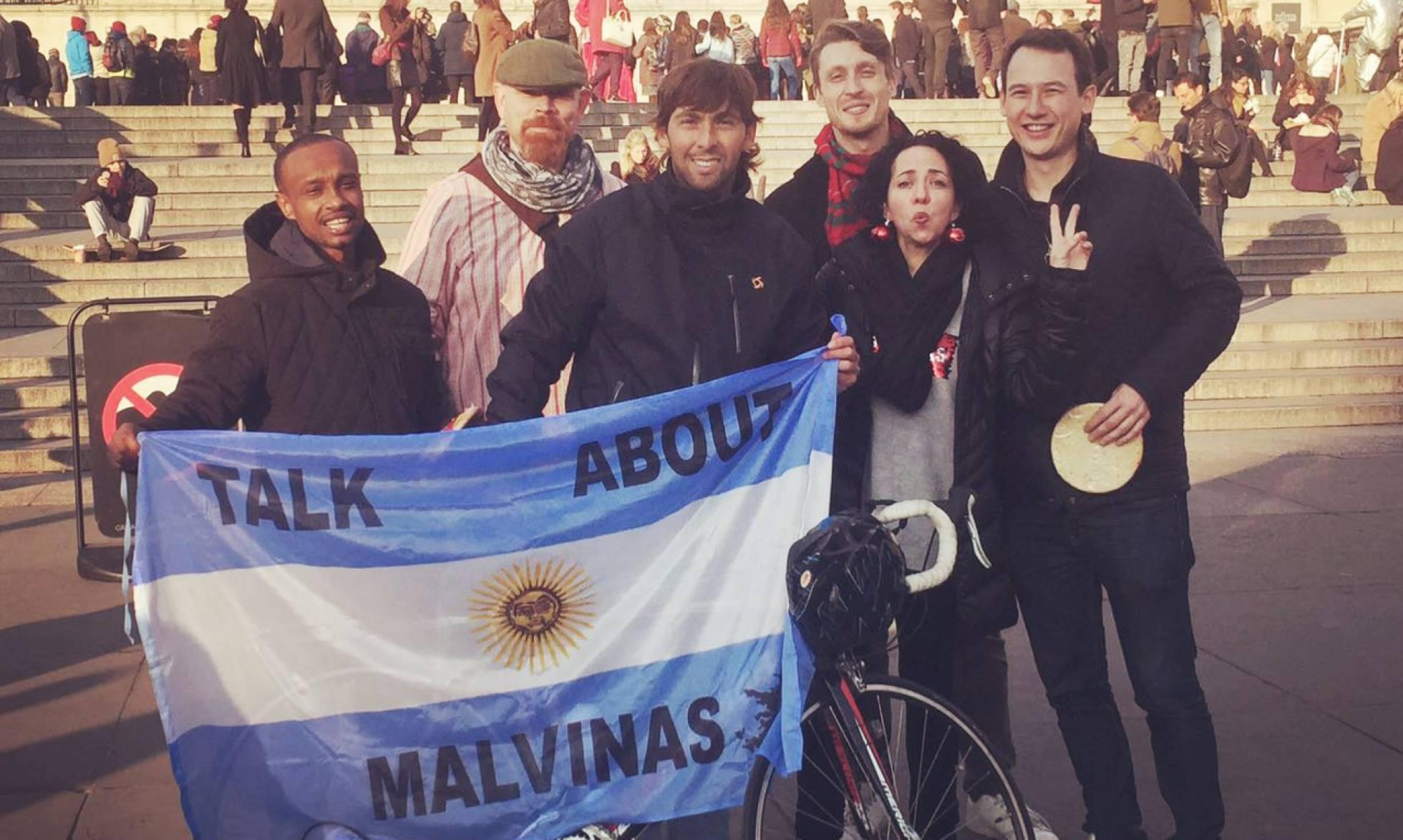 Malvinas en los medios nacionales e internacionales. - Página 39 1485368882_020953_1485455559_noticia_normal_recorte1