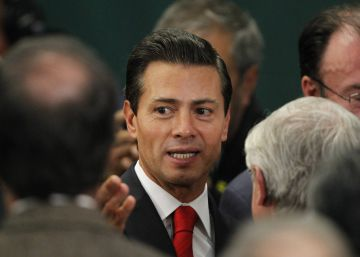 Mexican president calls off trip to Washington over Trump border wall