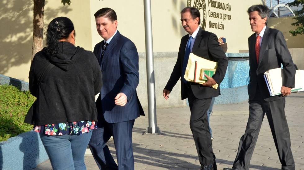 Rodrigo Medina, antes de su comparecencia en la Fiscalía del Estado.