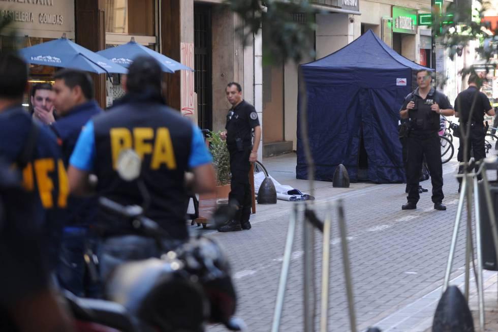 Policía Federal en Buenos Aires.