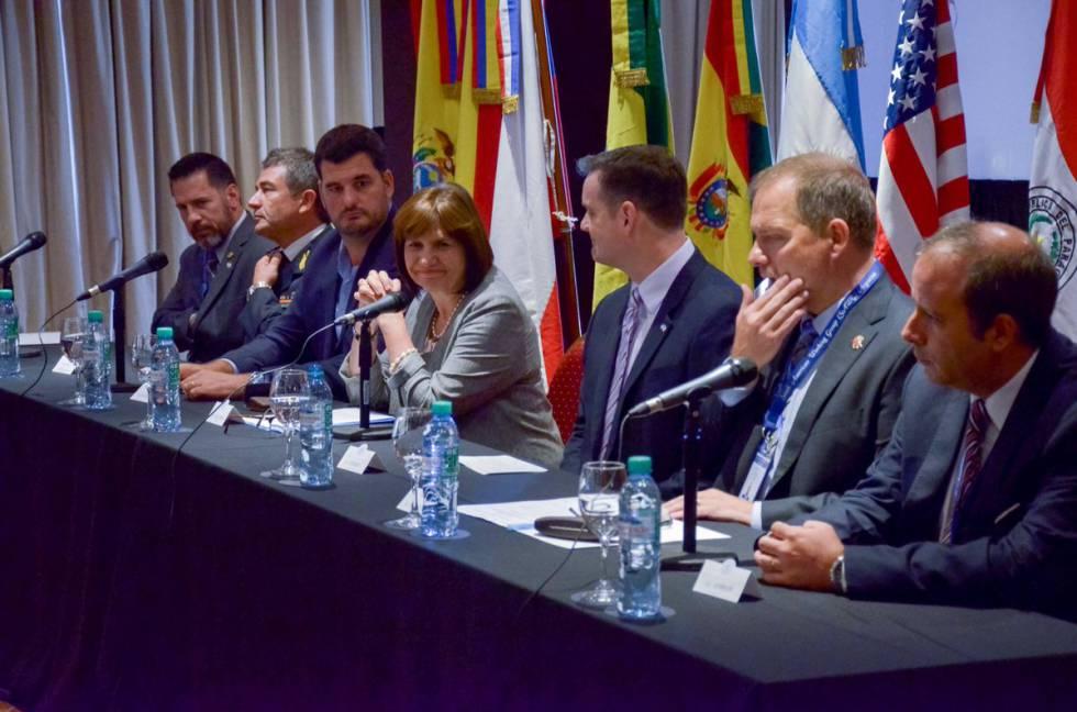La ministra Bullrich participa en Buenos Aires del encuentro con representantes del Grupo Sudamericano de Trabajo de la DEA