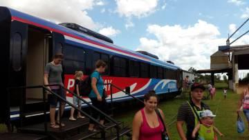 El tren que cada día une Posadas con Encarnación.