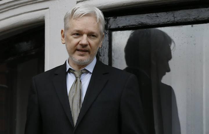 """A CIA perdeu o controle do seu arsenal de armas cibernéticas"" – Assange"