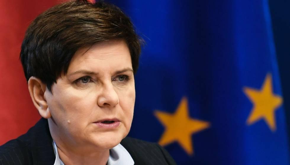 La primera ministra polaca, Beata Szydlo, durante una rueda de prensa este viernes en Bruselas