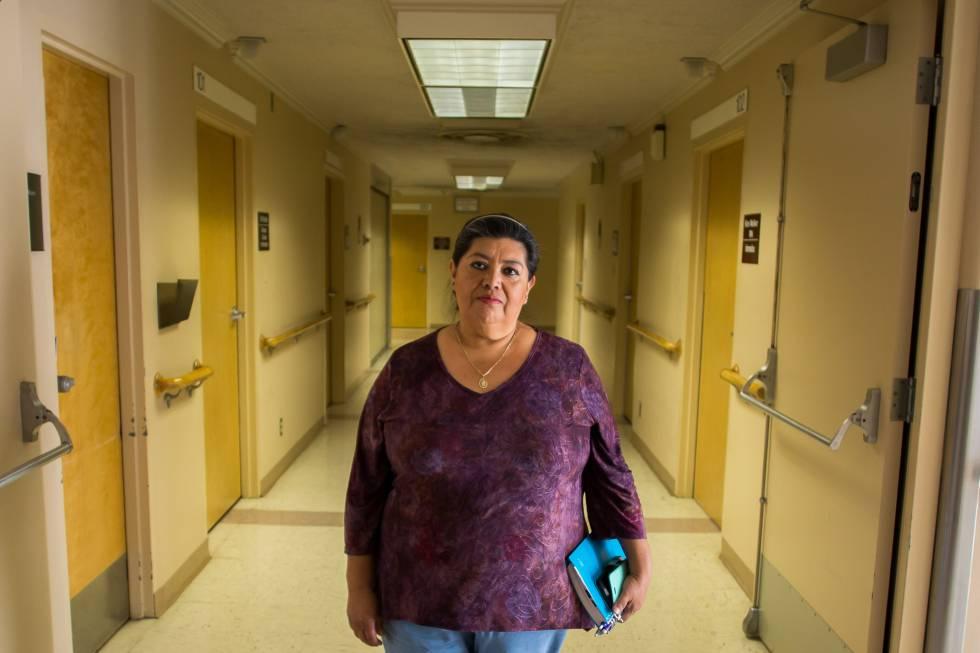 Betty Basulto, que tiene cobertura médica gracias a Obamacare, en Bakersfield.
