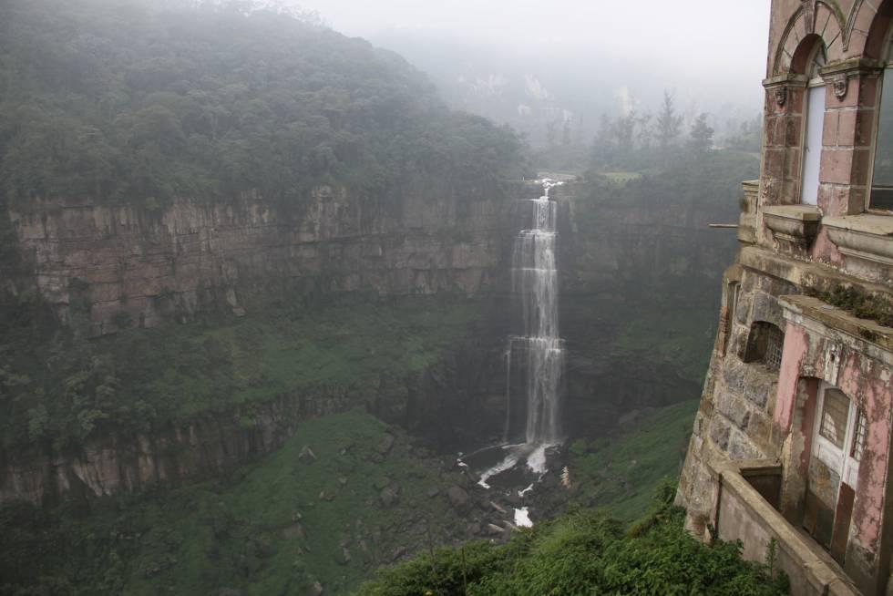 El salto de Tequendama en el departamento de Cundinamarca, Colombia.