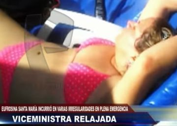 Peruvian deputy minister sacked for sunbathing during severe flooding