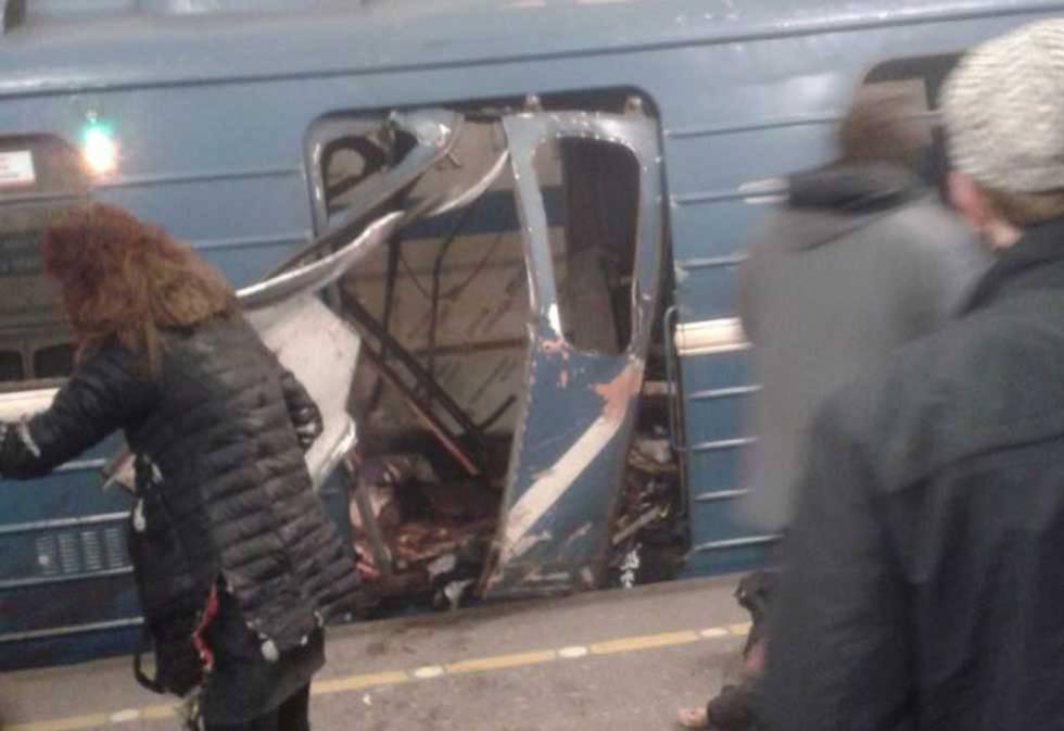 Resultado de imagem para explosões em metrô na Rússia