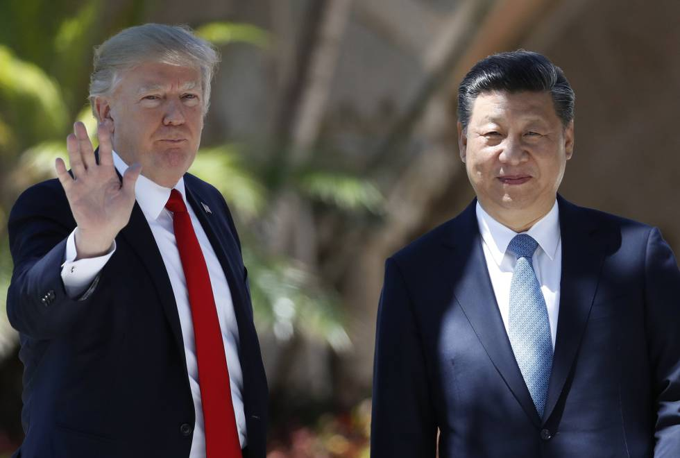 Donald Trump, a la izquierda, junto al presidente chino, Xi Jinping.