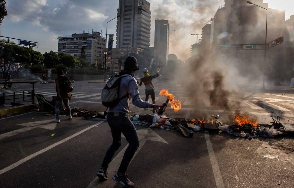 Enfrentamientos entre opositores y chavistas, el pasado sábado.