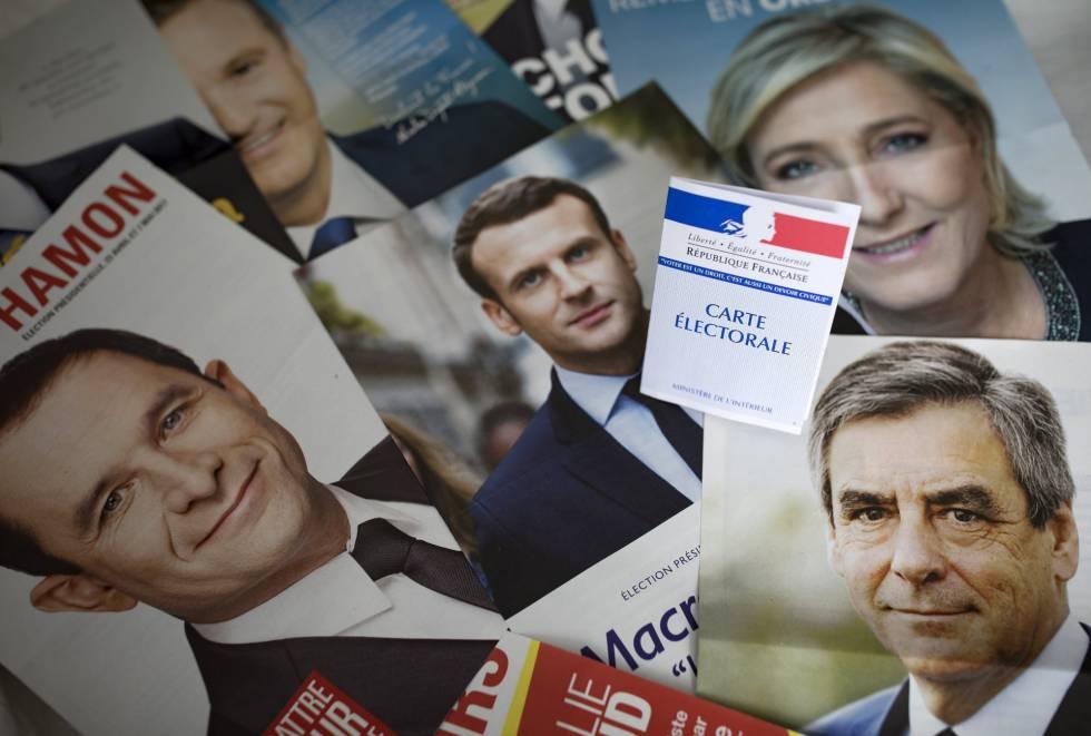 Panfletos de los candidatos en las elecciones francesas de este domingo
