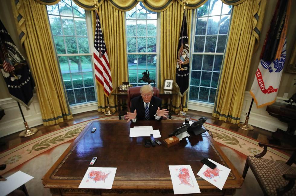 El presidente Trump durante la entrevista con Reuters.