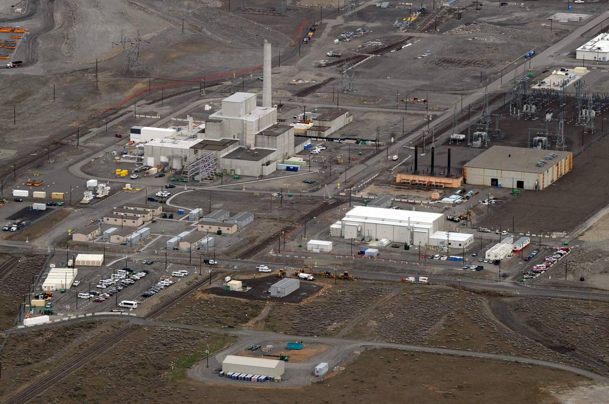 Nuclear, tarifar, contaminar... - Página 4 1494351471_937363_1494351824_noticia_normal_recorte1