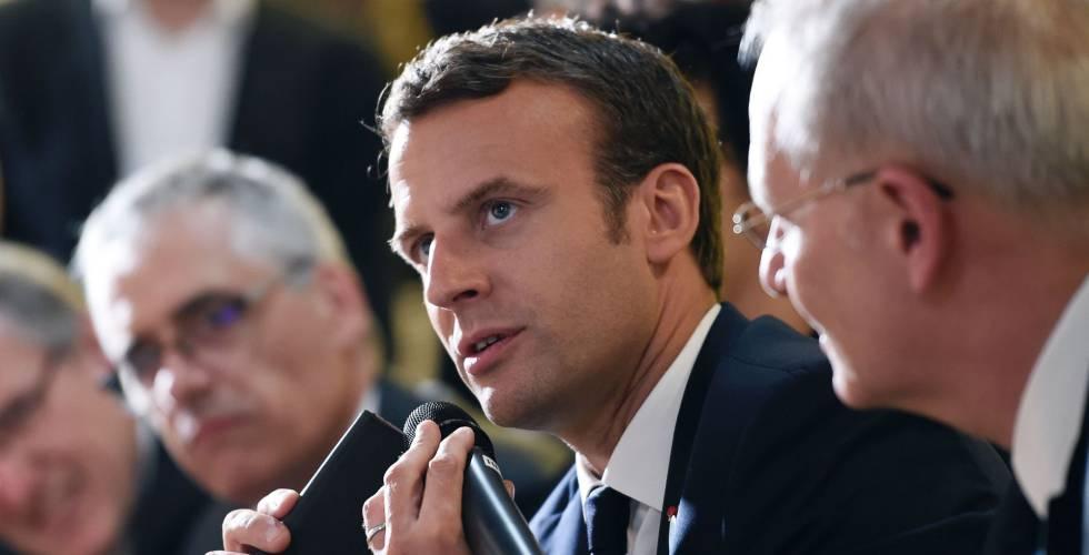 Emmanuel Macron durante un acto en el Centro de Estudios Espaciales, este viernes.