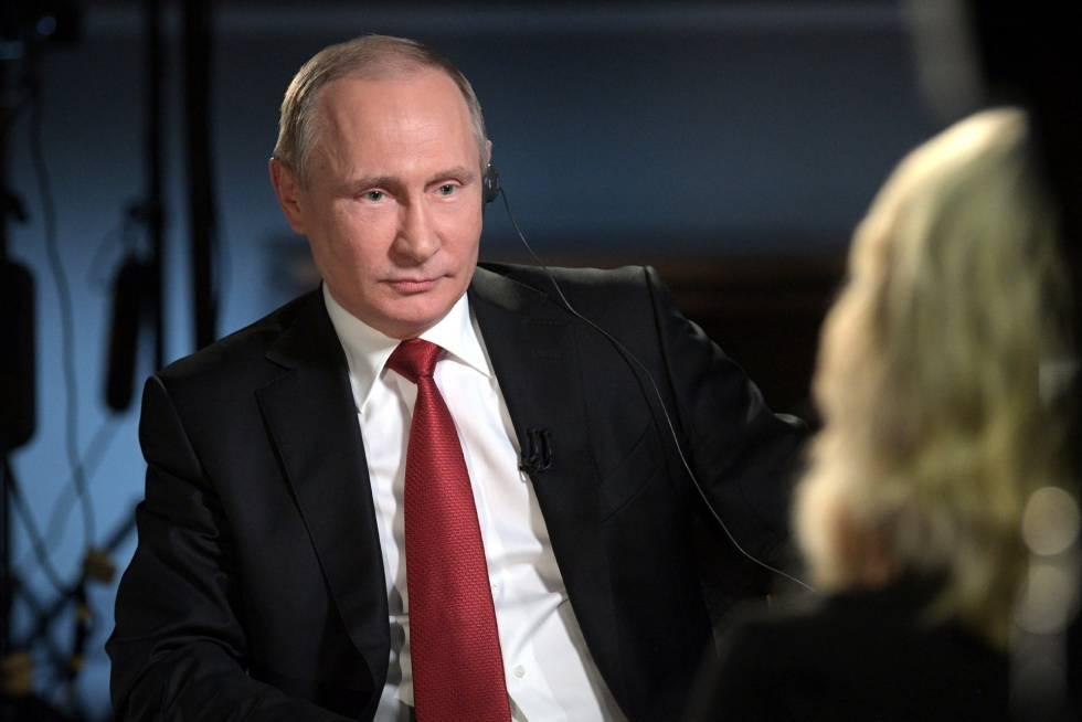 El presidente ruso, Vladímir Putin, concede una entrevista a la periodista estadounidense de la NBC Megyn Kelly.