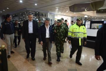 El presidente de Colombia, Juan Manuel Santos, acude al centro comercial Andino.