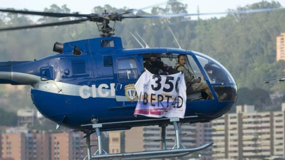 El helicóptero, durante el ataque al Supremo.