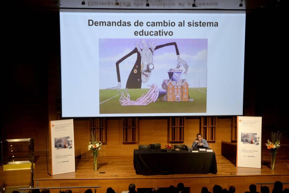 Conferencia de Jason Beech en el XII Foro Latinoamericano de Educación organizado en Buenos Aires por la Fundación Santillana