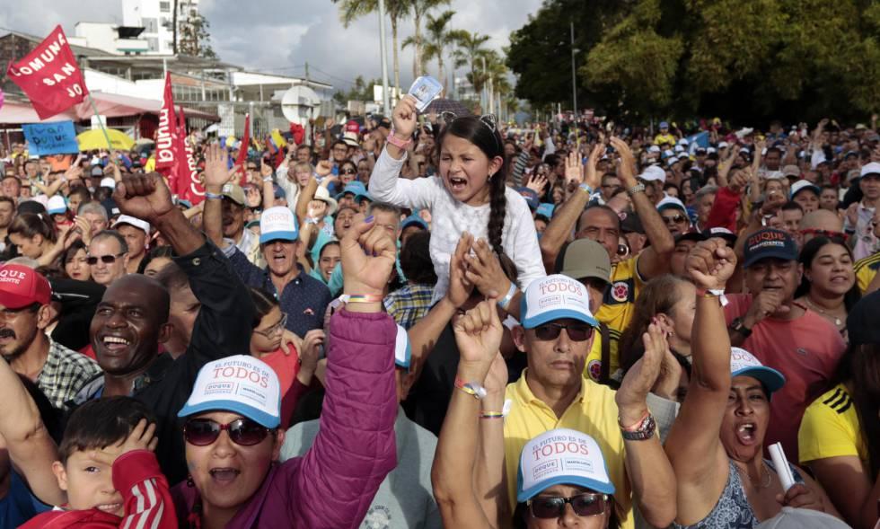 Colombianos eligen hoy a su presidente