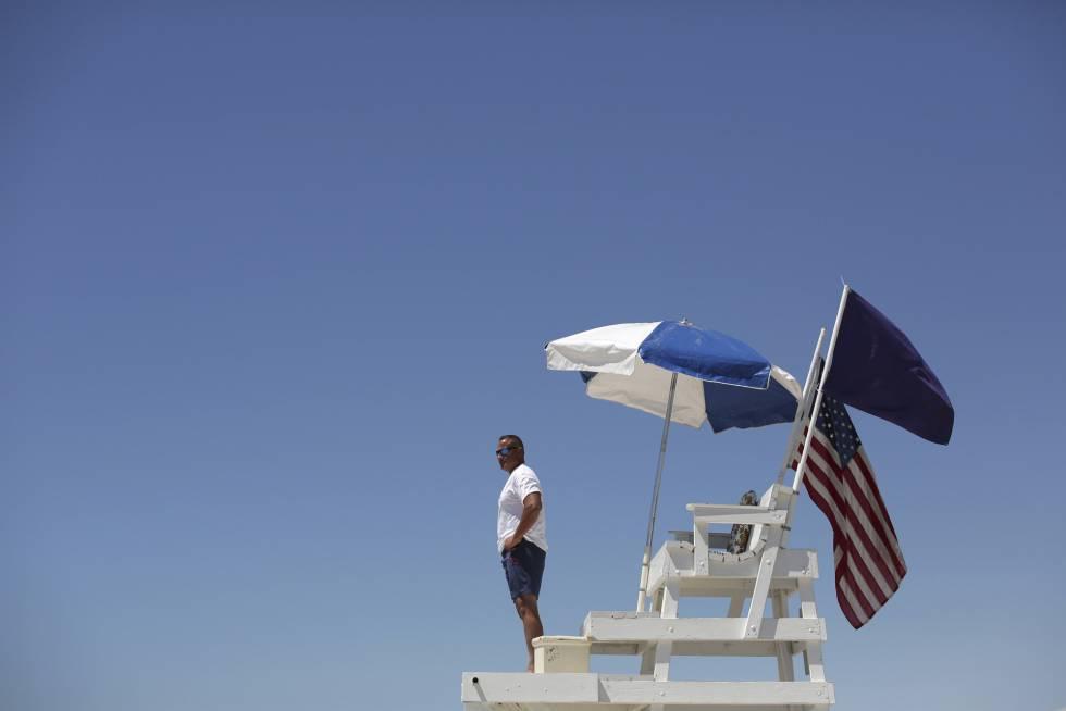 Cierran playas tras posible ataque de tiburones a niños